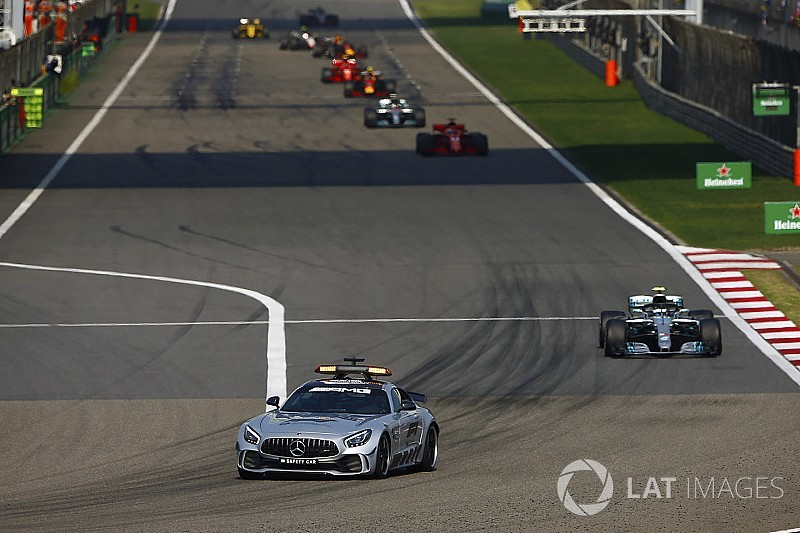 Vettel critique le timing du Safety Car, la FIA répond