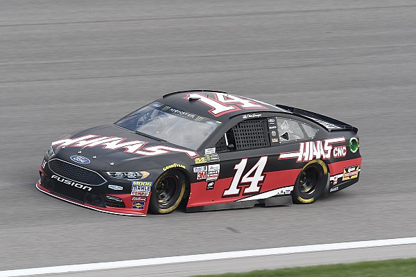 NASCAR Cup Bowyer looks for redemption at Kansas after Talladega frustration