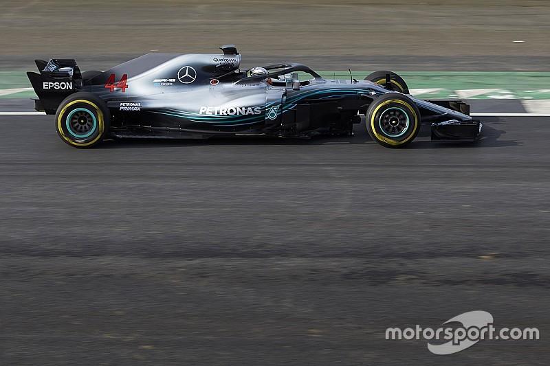 Exkluzív videós felvételek a 2018-as F1-es Mercedes pályára küldéséről