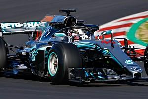 Особый подход Mercedes: почему их новая машина так похожа на старую?