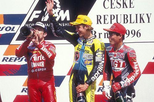Así era el mundo (y España) cuando Valentino Rossi debutó
