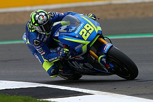MotoGP Practice report Silverstone MotoGP: Iannone beats Marquez by 0.009s in warm-up