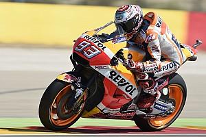MotoGP Kwalificatieverslag Marquez aan kop in warm-up Aragon, bijna-crash voor Rossi