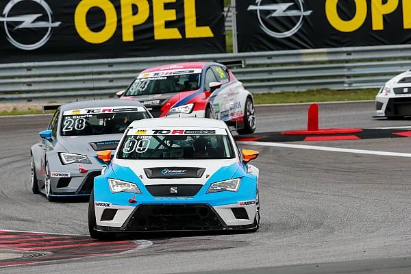 Josh Files gewinnt Premierenrennen der TCR Deutschland für SEAT