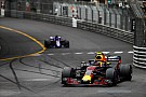 """""""Não quis correr riscos"""", diz Verstappen"""