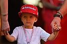 Forma-1 Kimi Räikkönen boldogabb lehet, mint bármikor: mintacsalád?