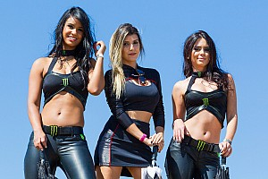 Stock Car Brasil Últimas notícias Grid Girls: Velo Città recebe modelos pela 1ª vez