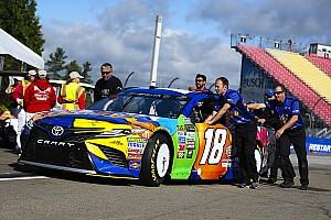 NASCAR Cup Qualifiche Kyle Busch centra a Watkins Glen la terza pole consecutiva