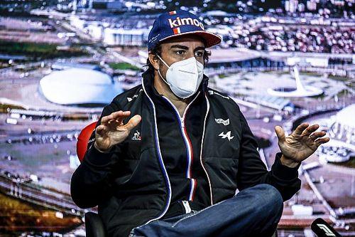 """ألونسو يشكّ في إمكانية الصعود إلى منصة التتويج هذا الموسم من دون سباق """"فوضوي"""""""