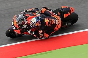 Moto2 レースレポート Moto2ムジェロ決勝:オリベイラ10人抜き優勝。四つ巴の大激戦を制す