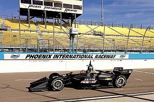 IndyCar Breaking news Carpenter, Power optimistic 2018 IndyCar can improve Phoenix race