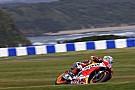 MotoGP Phillip Island, Libere 3: sul bagnato svetta Marquez, che volo Lorenzo!