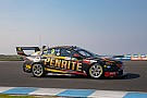 Supercars Suspected broken arm for Erebus mechanic