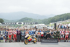 MotoGP Diaporama Le Mugello a massivement rendu hommage à Nicky Hayden