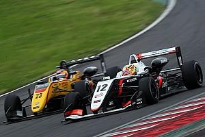 JAPANESE F3 Reporte de la carrera Complicado fin de semana para Alex Palou en la Fórmula 3 japonesa