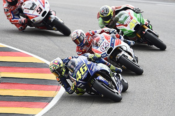 """MotoGP Aleix Espargaro: """"Hay que estar satisfechos, luchamos con un tal Rossi"""""""