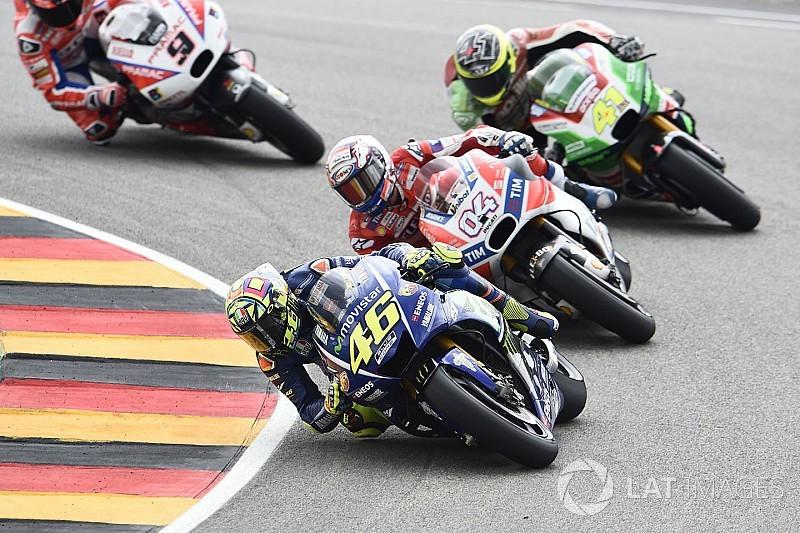 """Aleix Espargaro: """"Hay que estar satisfechos, luchamos con un tal Rossi"""""""