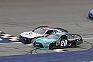 NASCAR XFINITY Hamlin venció a Byron en final de fotografía en Michigan