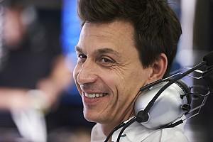 """Fórmula 1 Últimas notícias Wolff defende uso do Halo na F1: """"A FIA não teve escolha"""""""