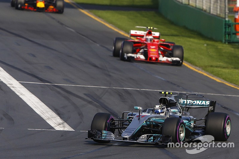 Боттас визнав перевагу Ferrari