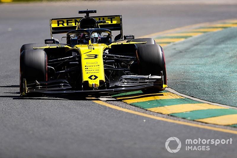 "Ricciardo ""garip"" bir emniyet kemeri sorunu yaşamış"