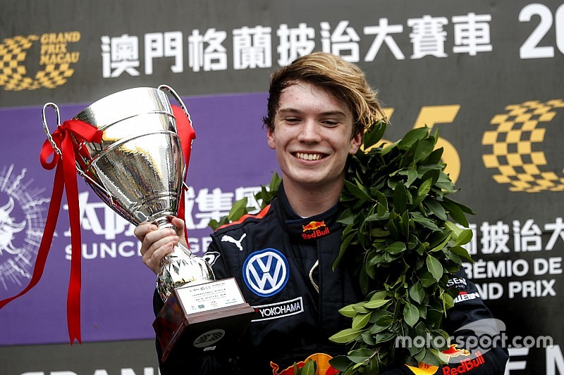 Ticktum en camino a la superlicencia de F1 tras la victoria en Macao