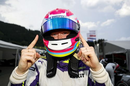 Styria W Series: Powell takes maiden pole ahead of Moore