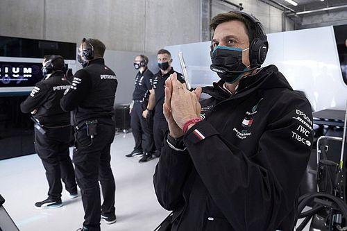 """F1: Jordan diz que Wolff deveria aproveitar boa fase e """"sair de uma vez"""" da Mercedes"""