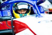 Pai mecânico e carro como moradia: Igor Fraga relata momentos mais difíceis antes de títulos e Red Bull