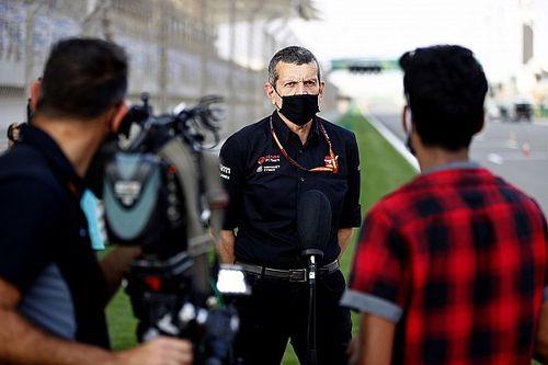 """Steiner: """"Mazepin ve Schumacher, F1'de olmanın bir 'ayrıcalık' olduğunu hissetmeli"""""""