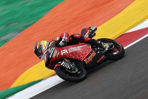 Moto3スペイン初日:ロドリゴがトップタイム記録。日本勢は山中琉聖が5番手に食い込む