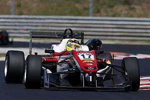 فورمولا 3 الأوروبية تقرير التجارب التأهيليّة فورمولا 3: غونتر أوّل المُنطلقين في السباق الثاني لجولة المجر