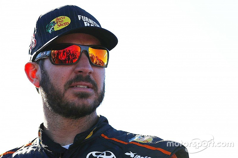 Truex rebounds to lead Saturday's first Sprint Cup practice