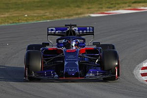 Albon keeps Toro Rosso on top in morning of Day 4
