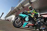 """Valentino Rossi juge la Yamaha 2021 """"très similaire"""" à celle de 2020"""
