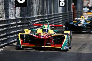Формула E Репортаж з практики е-Прі Парижа: найшвидшим у другій практиці став ді Грассі
