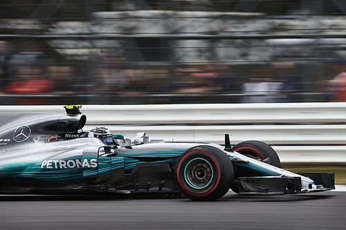 Mercedes ends exit rumours with new Petronas deal