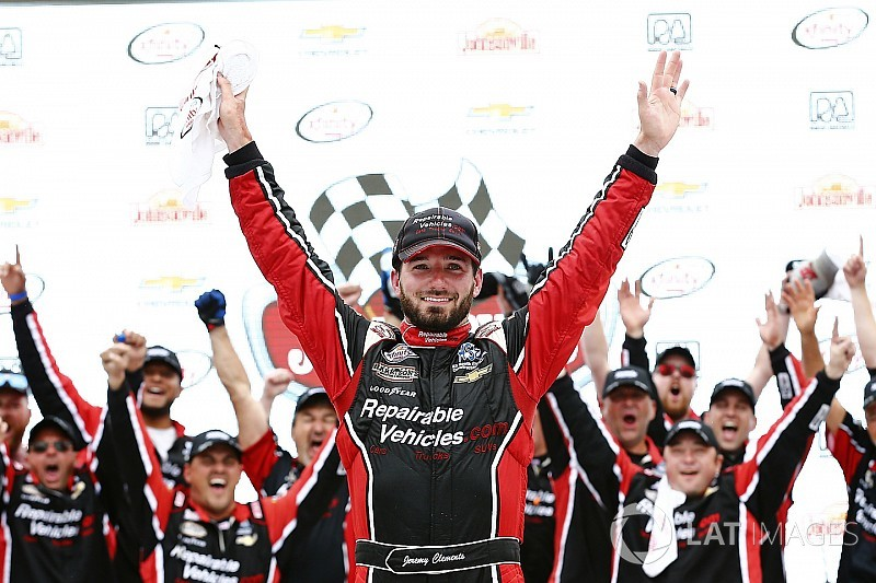Clements takes upset win in spin-and-win finish at Road America