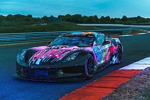 24 heures du Mans Diaporama Larbre Compétition avec une livrée fluorescente pour Le Mans!