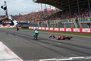 Moto3 Raceverslag Canet wint spectaculaire TT, Bendsneyder crasht voor de eindstreep