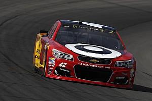 NASCAR Cup Reporte de calificación Larson vence a Truex para lograr la pole en Michigan