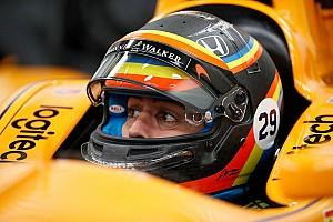 IndyCar Noticias Alonso revela cómo será su casco para las 500 Millas de Indianápolis