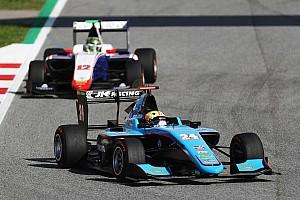 GP3 Репортаж з гонки GP3 у Барселоні: перша перемога Майні