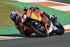 Moto2 Verslag vrije training Warm-up GP Valencia: Oliveira blijft Marquez nipt voor