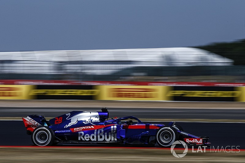 Hartley gets fresh engine parts after crash