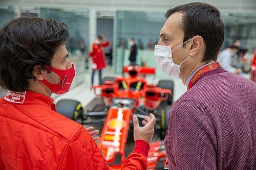 Carlos Sainz y su primera prueba en el simulador de Ferrari