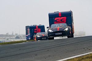Újra lakókocsikat zúzott Verstappen és Ricciardo