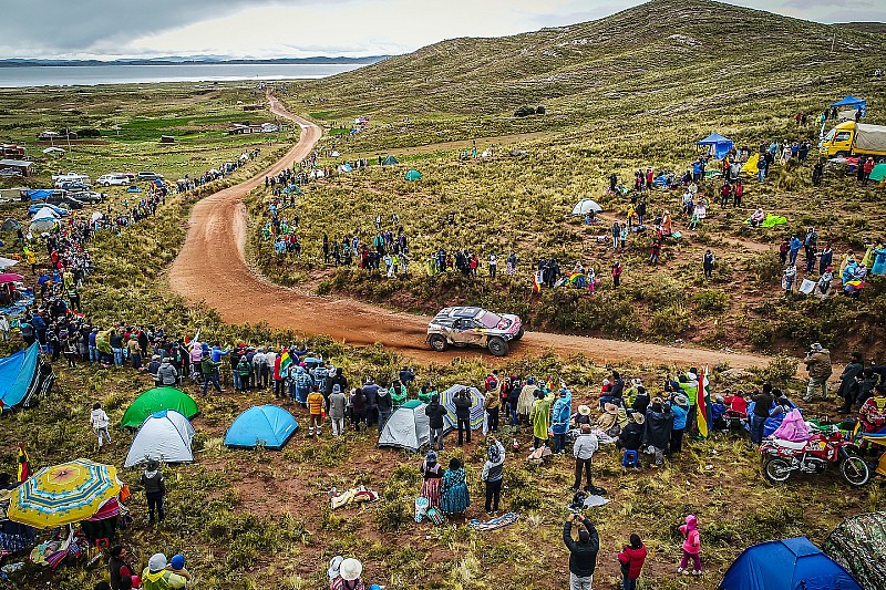 Dakar 2018, 7. Etap: Peterhansel sorun yaşadı, Sainz lider