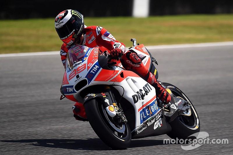 Alla festa Ducati manca Lorenzo, ma Dall'Igna crede ancora in Jorge