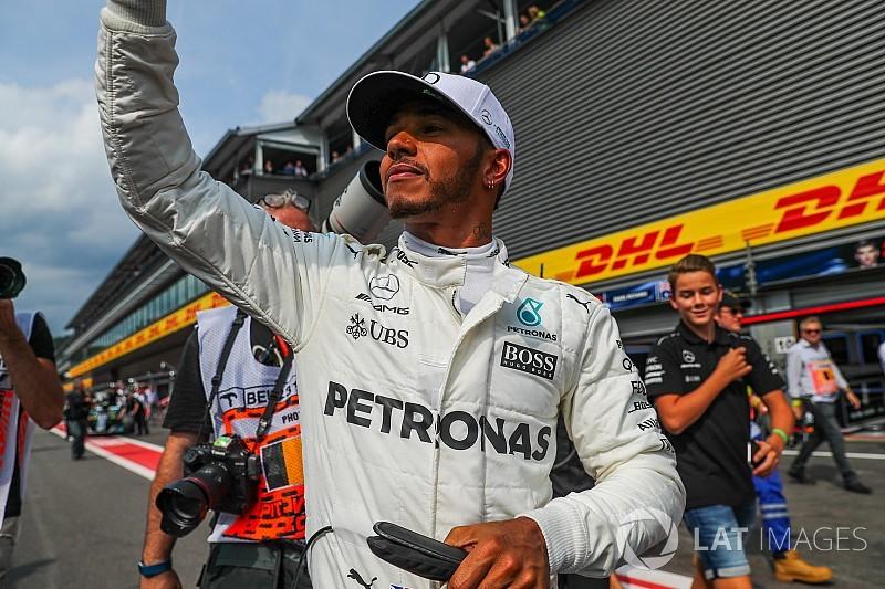 Egy videóban Hamilton és Schumacher 68 rajtelsősége